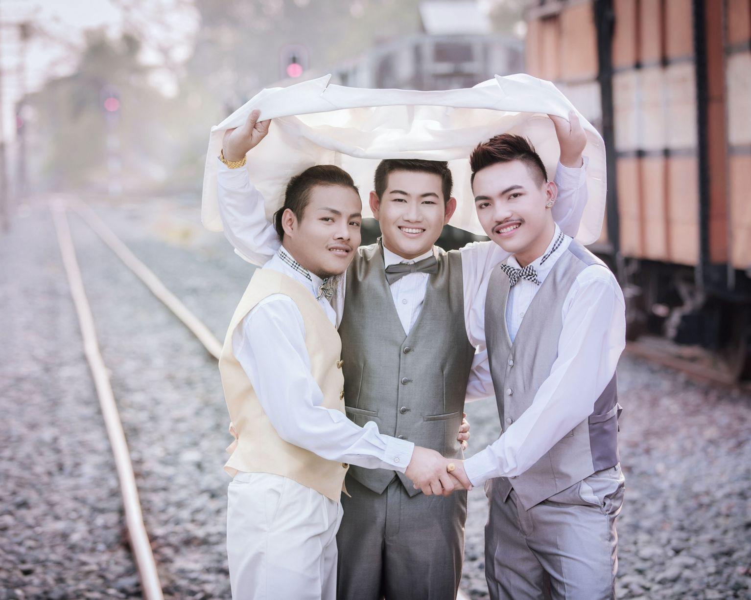 pay-worlds-first-three-way-same-sex-marriage