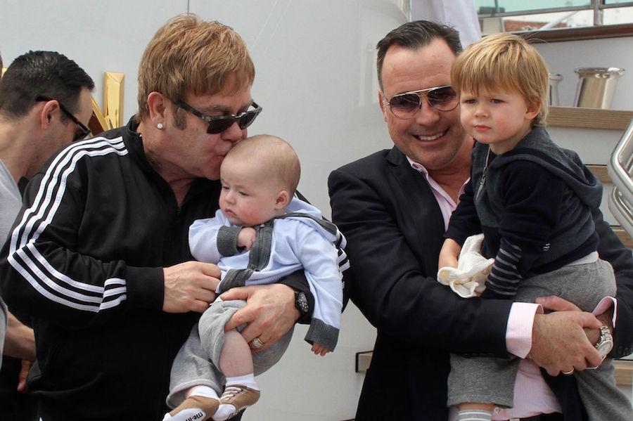 Elton John da Dolce & Gabbana'yı Boykot Ediyor