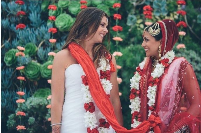 Amerika'nın İlk Lezbiyen Hindu Düğünü