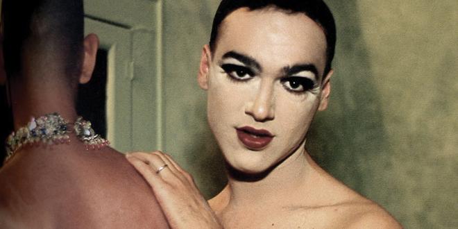 Eşcinsel Hayatları Fotoğraf Sergisi Oldu!