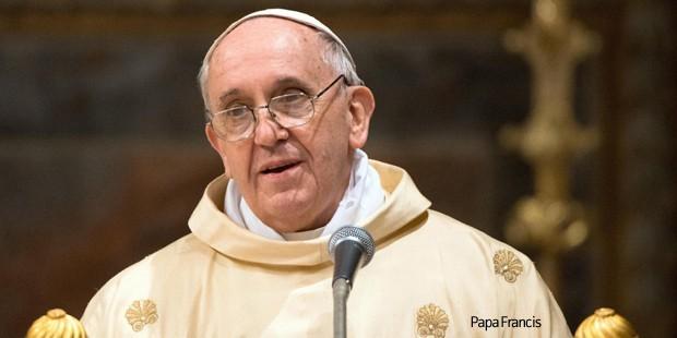 """Papa: """"Çocukların Heteroseksüel Ebeveyne İhtiyacı Var"""""""