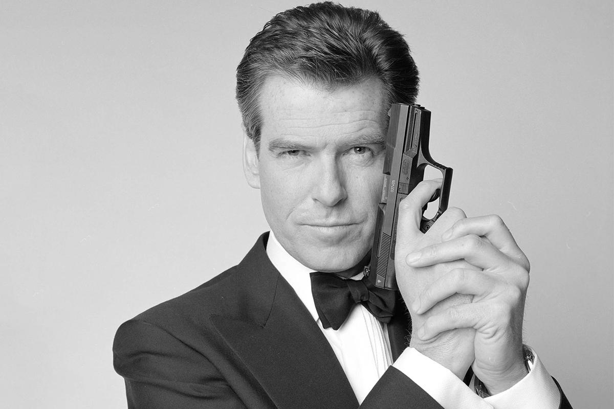 Brosnan: Eşcinsel James Bond Teklifi Gelirse Seve Seve Oynarım