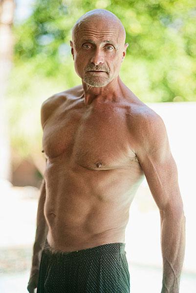 Alex, 63 Yaşında