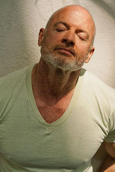 John, 61 Yaşında