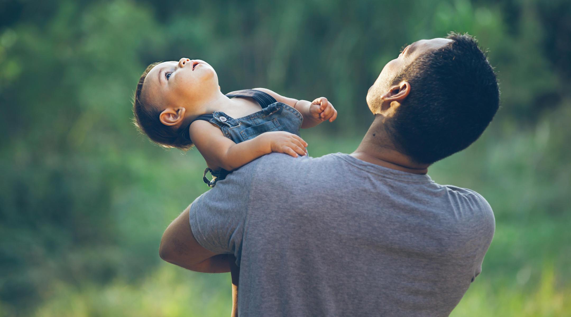 Facebook'tan Eşcinsel Babalar Dahil Doğum İzni