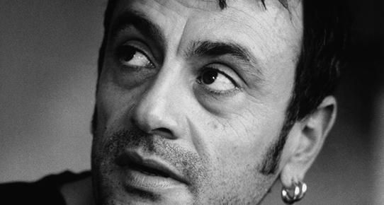 Eşcinsel Yönetmen; Kutluğ Ataman!