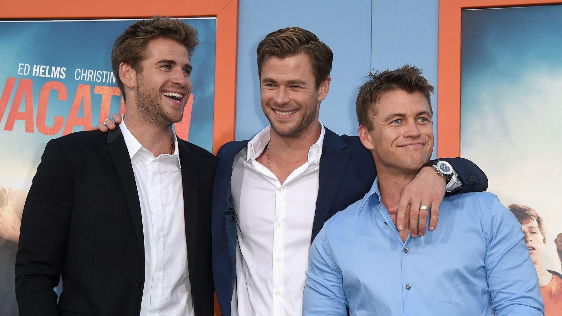Hemsworth Kardeşler Tatilde Ne Yapıyor?