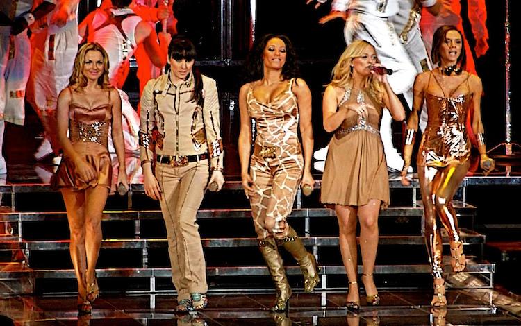 Victoria Beckham Spice Girls Birleşiminde!