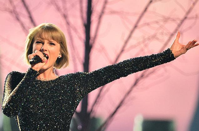 Taylor Swift Kesha'ya 250.000$ Bağışladı
