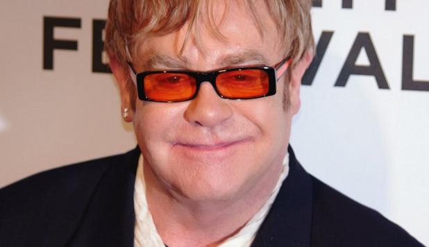 Elton John Kariyerini Bitiriyor!