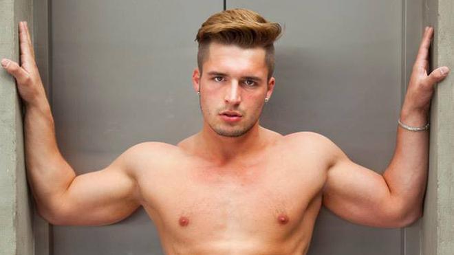 En Yakışıklı Gay: Klaus Burkart