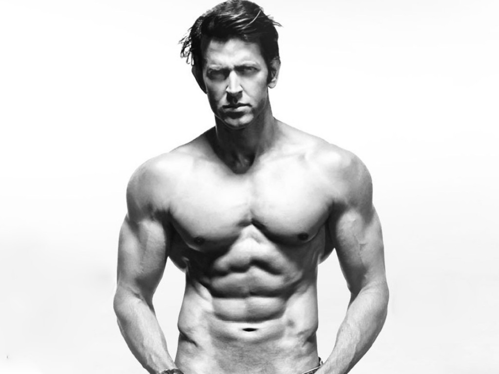 hrithik-roshan-chest