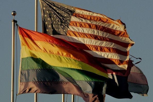 Eşcinsellerin Evlat Edinmesi Artık Yasal!