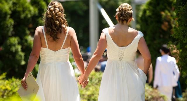 Avrupa'da Eşcinsel Evlilik İçin Talepler Giderek Artıyor
