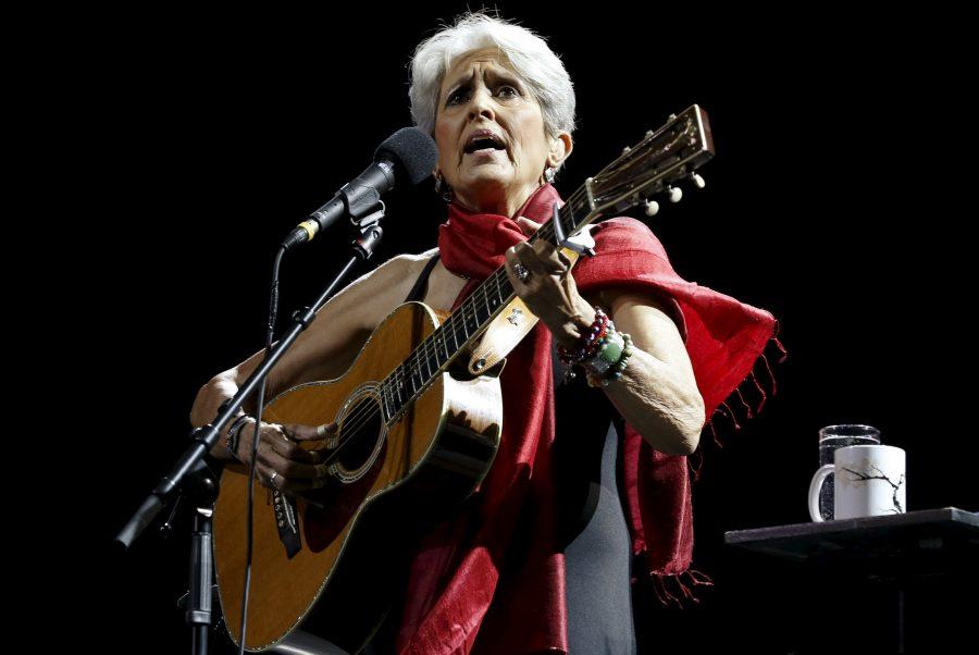 Joan Baez 12 Ağustos Cuma Günü İzmir'de