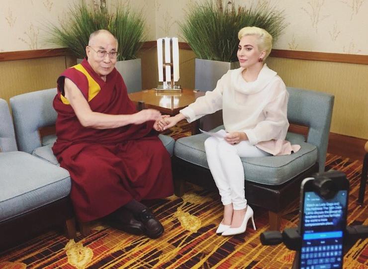 Lady Gaga'ya Çinli Hayranlarından Sert Tepki
