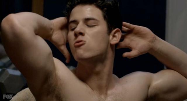 Nick Jonas'ın Gay Seks Sahnesi Beklentileri Karşılayamadı