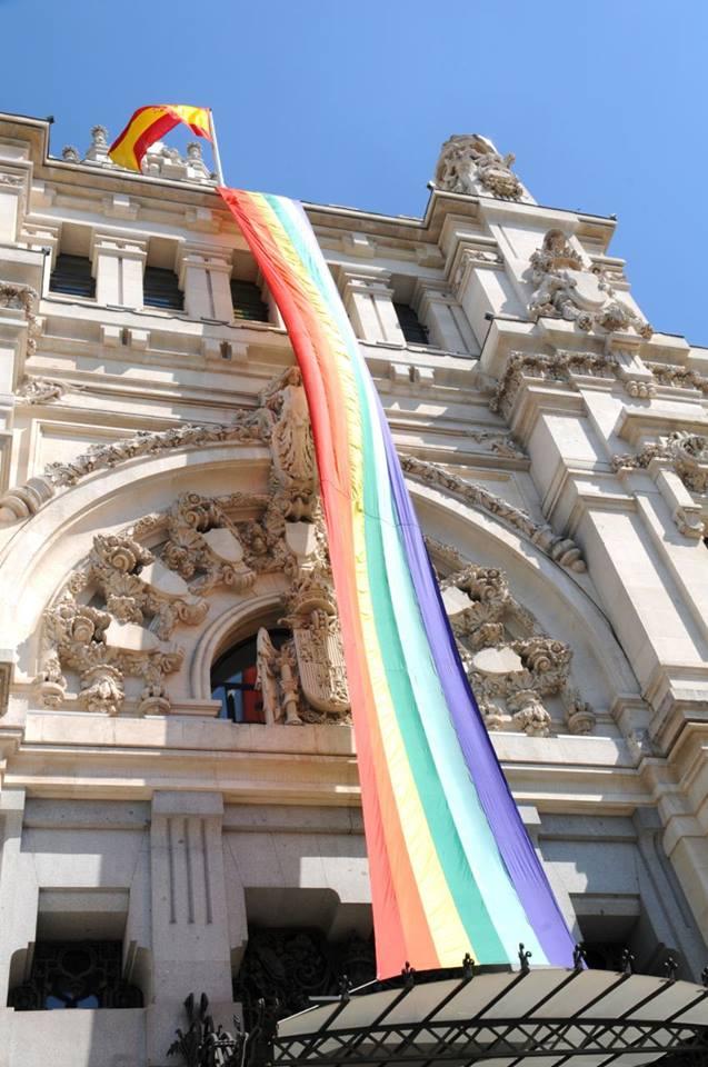 Madrid'de Pride Zamani! Eee O Zaman Dans…