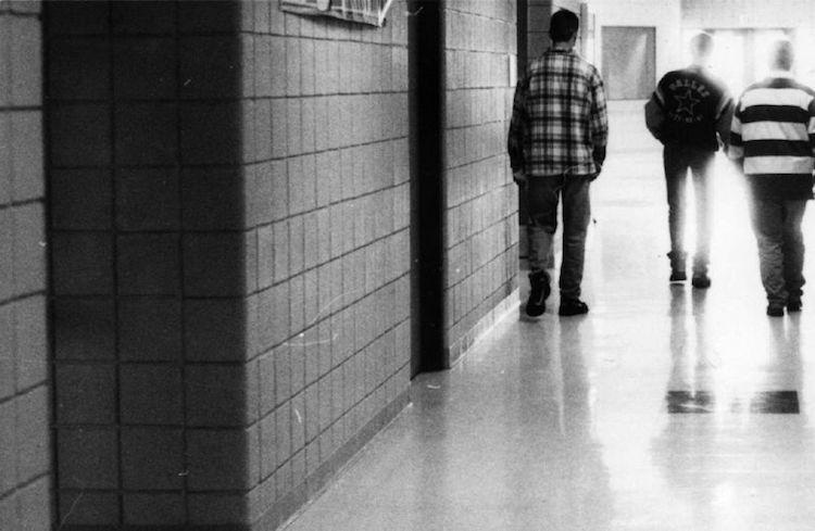 """Mahkeme: """"Trans Öğrenciler Kimlik Cinsiyetlerine Göre Tuvalet Kullanacak"""""""