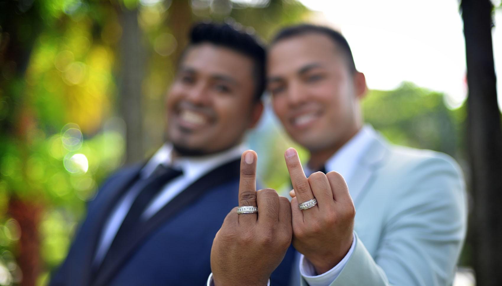 Dünyanın Bin Bir Köşesinden Gay Düğünler