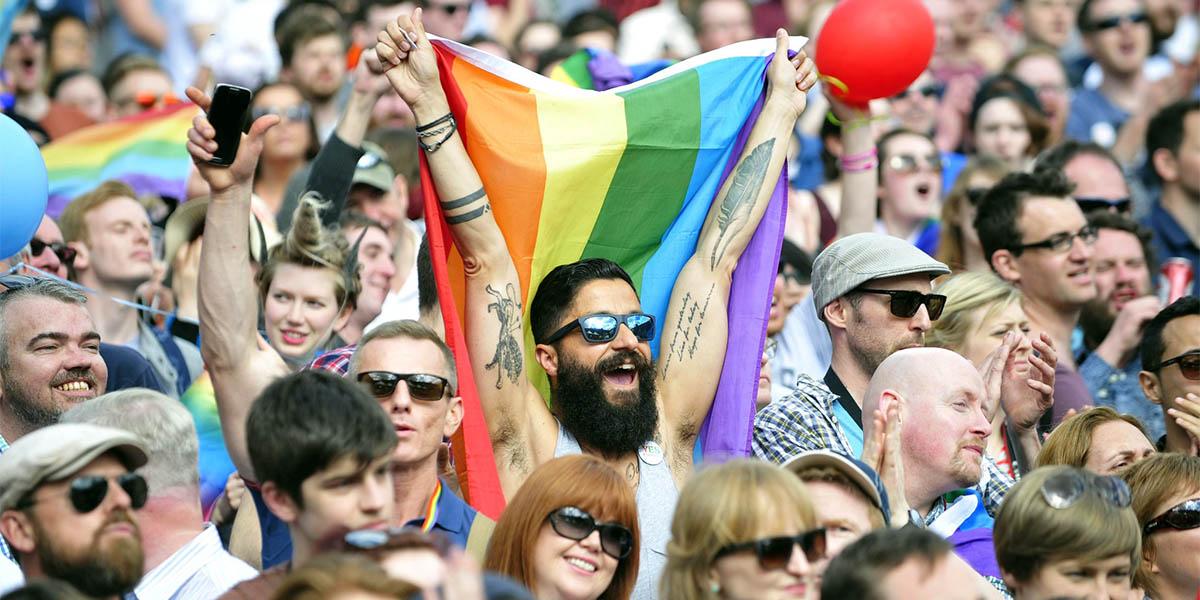 İrlanda'da Aşk Kazandı: Eşcinsel Evlilik 'Resmen' Yasal