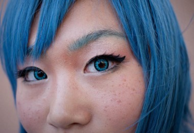 the-strange-semi-illegal-world-of-eye-color-changing-surgery-1451496234