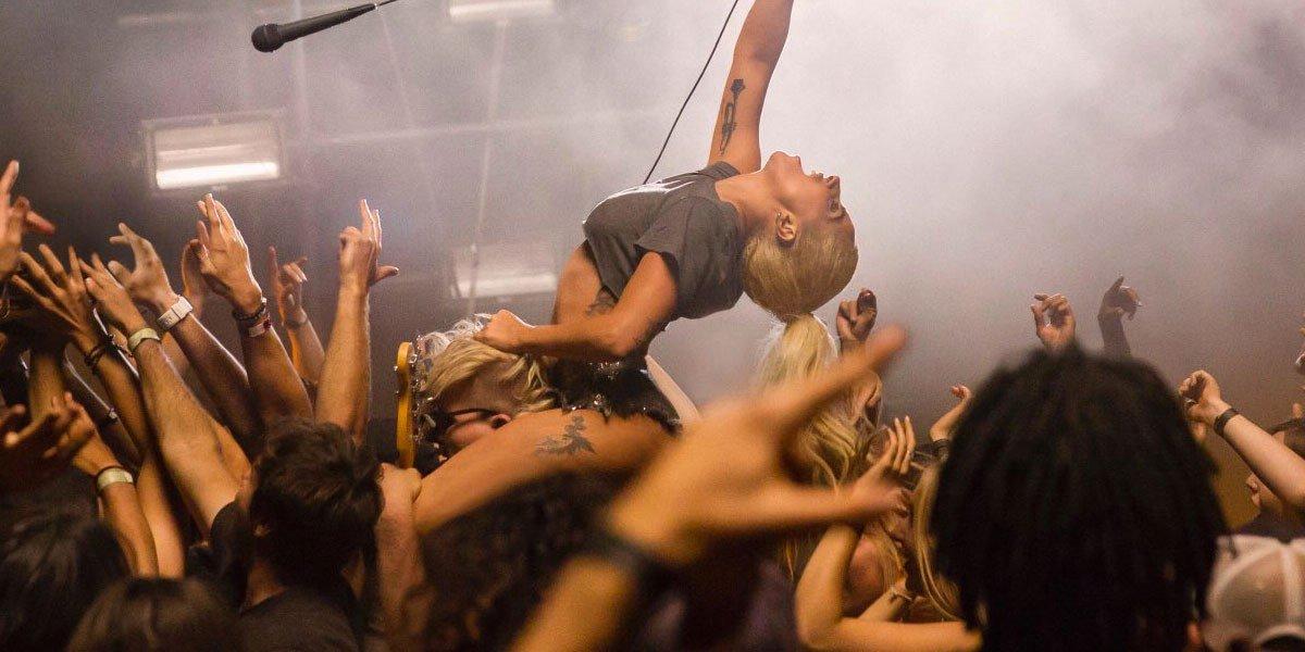 Lady Gaga – Perfect Illusion Bugün Çıktı