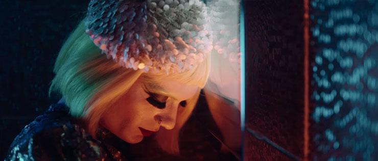 Athena'nın Klibinde Rol Alan Drag Queen 'İki Yüzlü Bir Milletiz..'