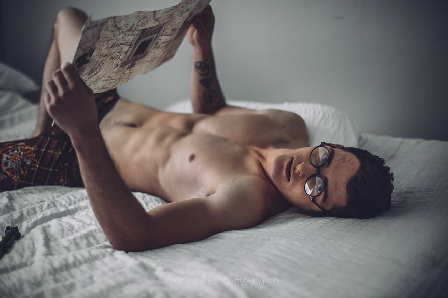 harry-potter-sexy-photo-shoot-zachary-howell-5