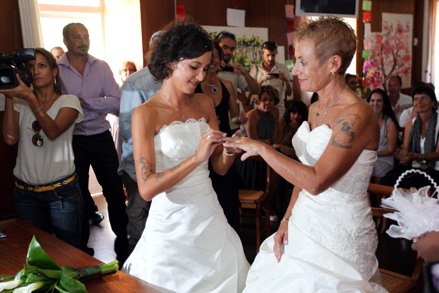 FRANCE-OVERSEA-GAY-MARRIAGE