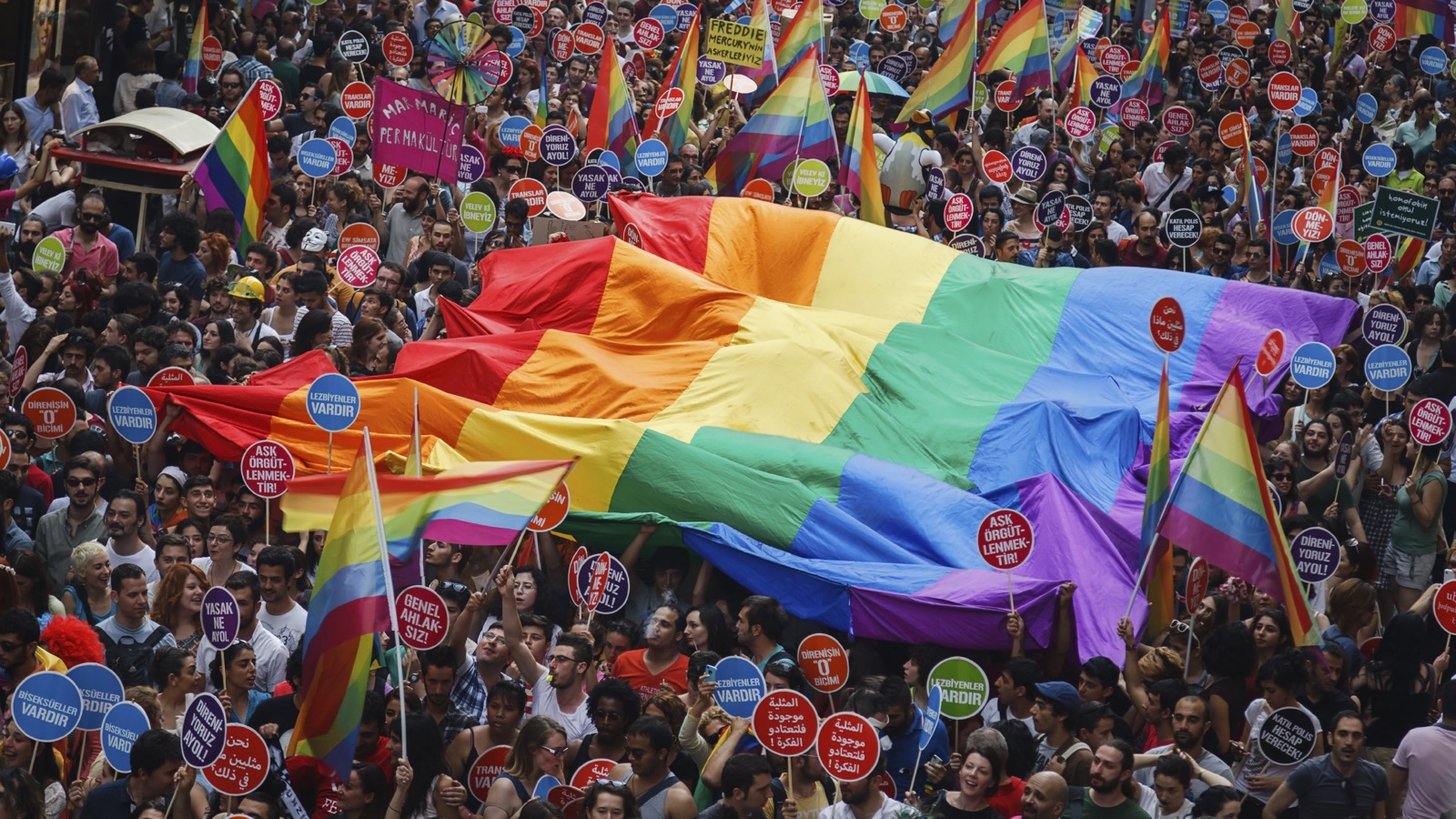 Ölmeden Önce Kesinlikle Gitmeniz Gereken, Avrupa'nın En İyi '10' LGBT Festivali