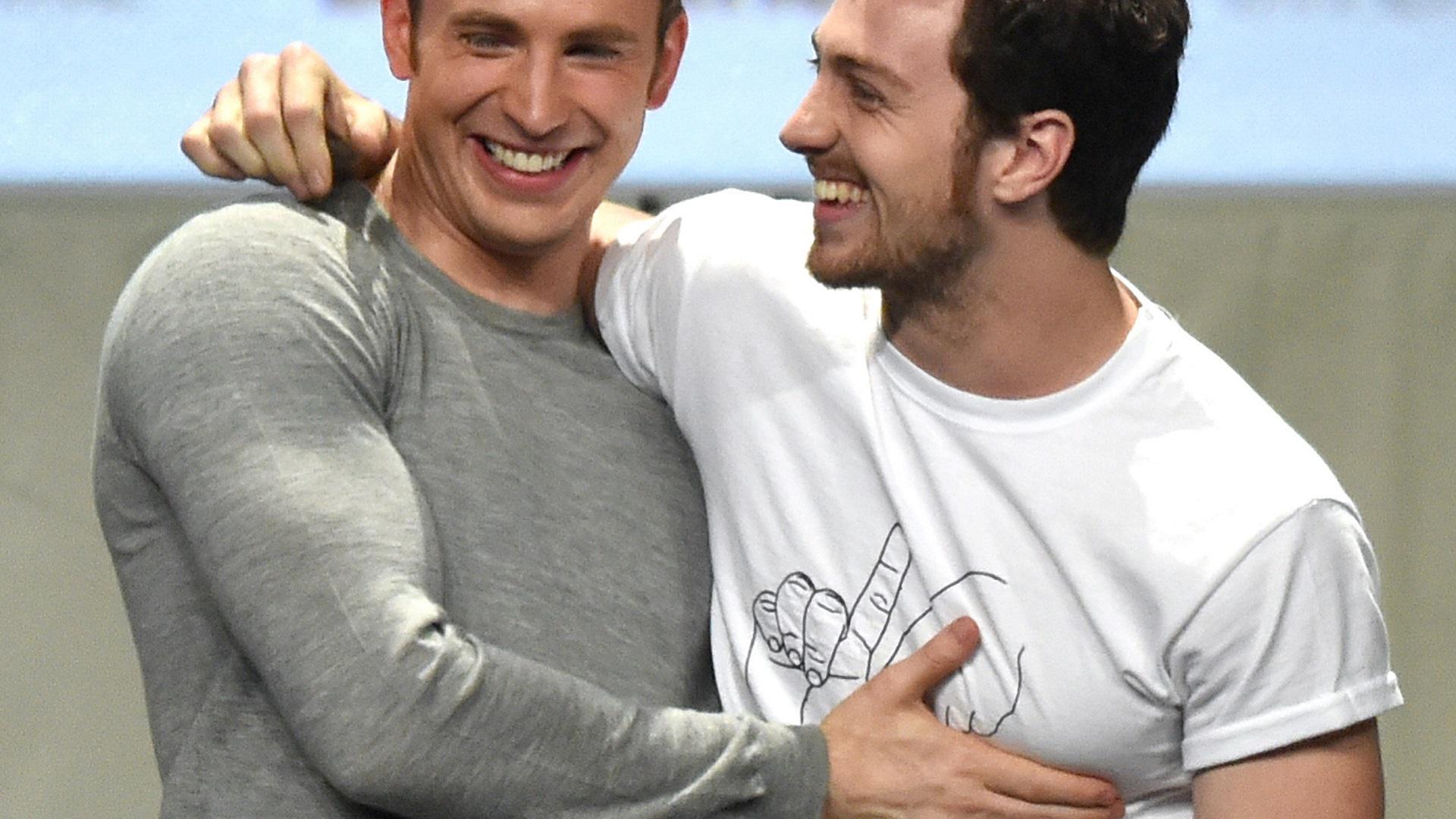 Chris Evans 'Gay Kardeşim Bana İlham Veriyor..'