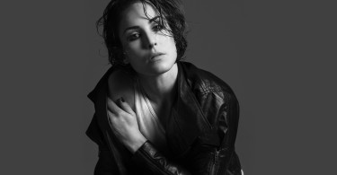 beautiful-noomi-rapace-38443-39321-hd-wallpapers