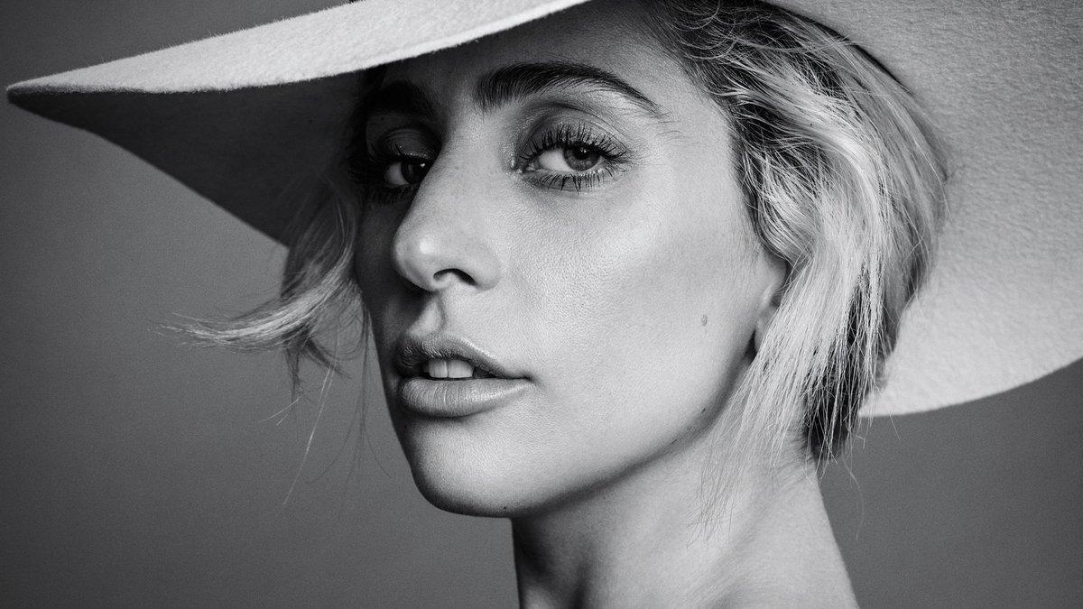 Lady Gaga'dan LGBT'lere 'Nezaketiniz Bulaşıcı..'