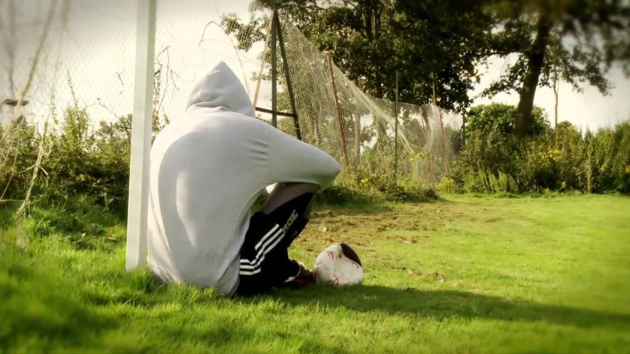 Tanınmış Bir Futbolcu 'Gay Olduğumu Açıklamamam İçin Kulübüm Baskı Yapıyor'