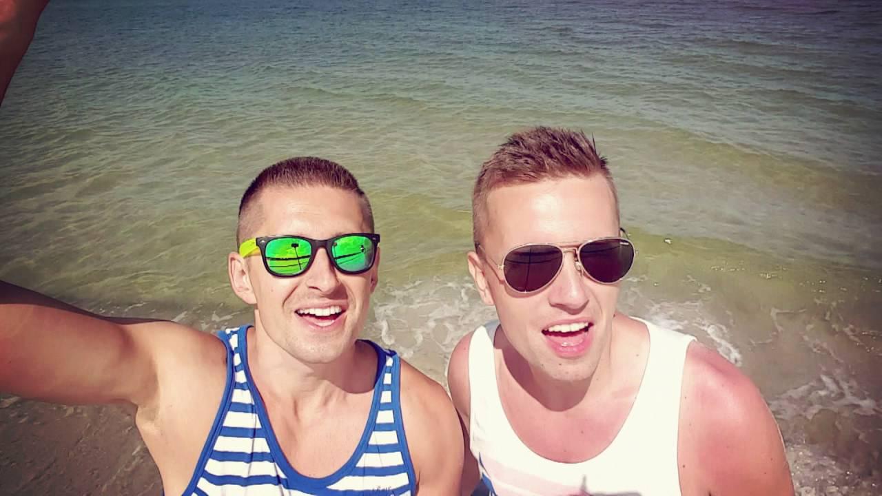 İzleyin: Eşcinsel Çiftin Videosunu Paylaşan Popstar'a Taciz Mesajları Yağdı!