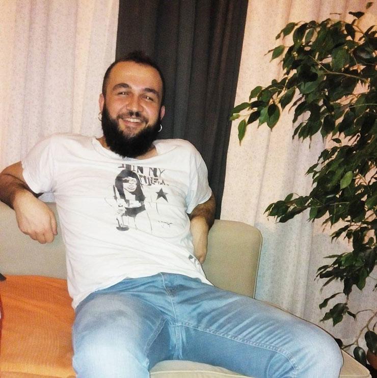 LGBT Aktivisti Uğur Büber Tutuklandı!