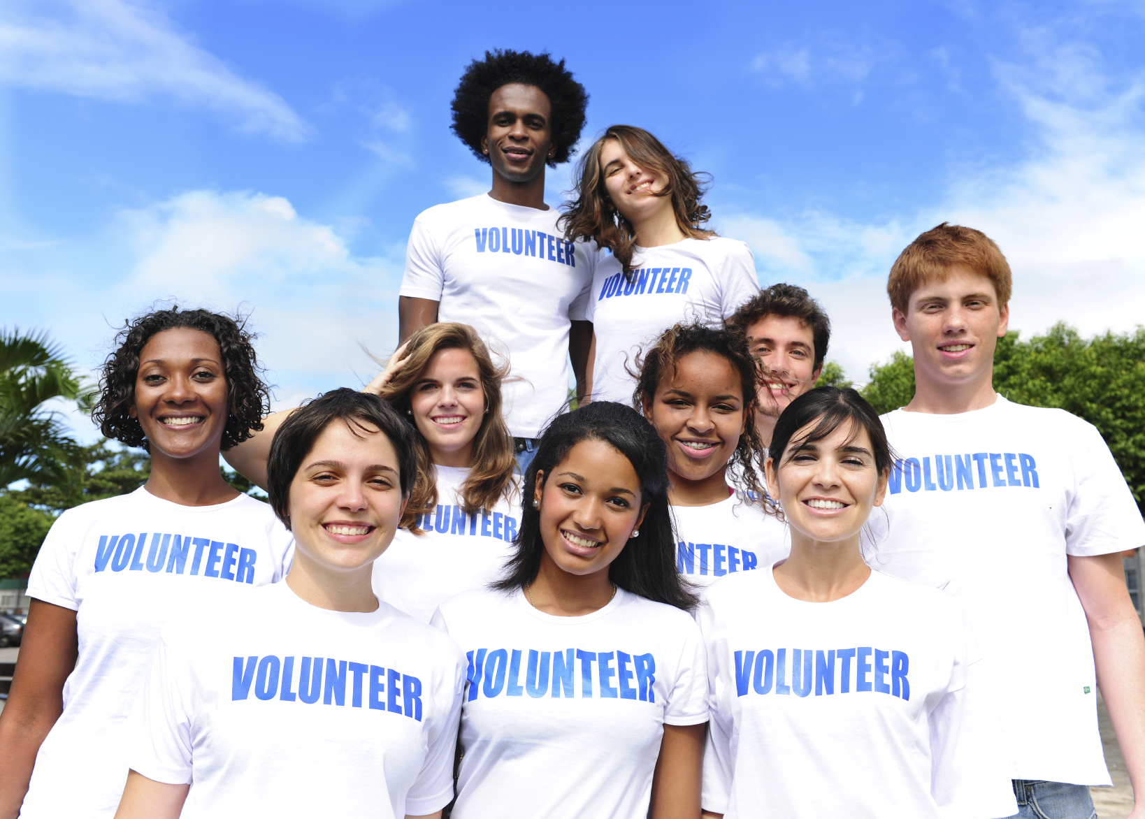 Group-of-multiethnic-volunteers