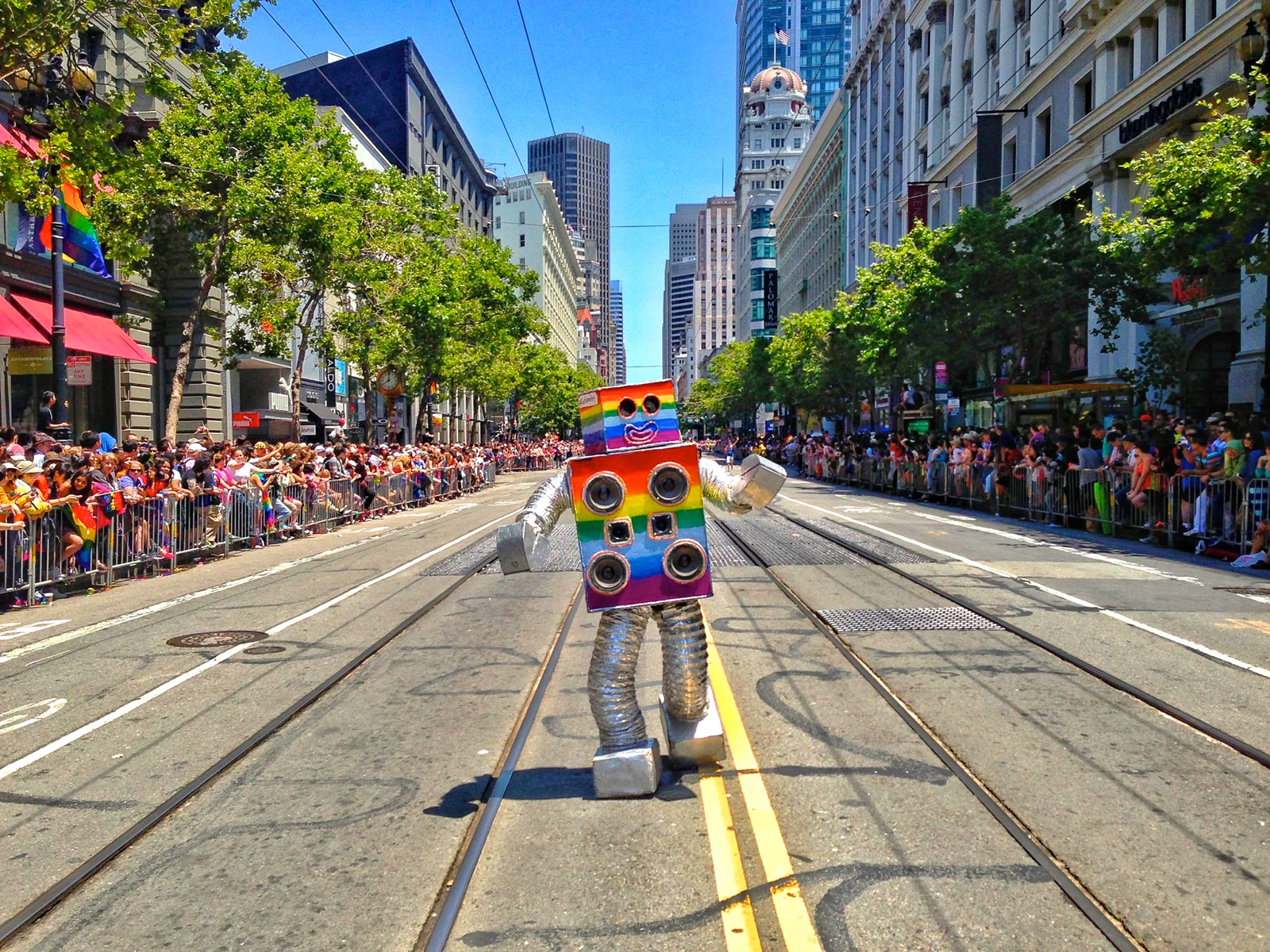 San_Francisco_Pride_2013_Mustafa_Khan_Dance_Party_Robot
