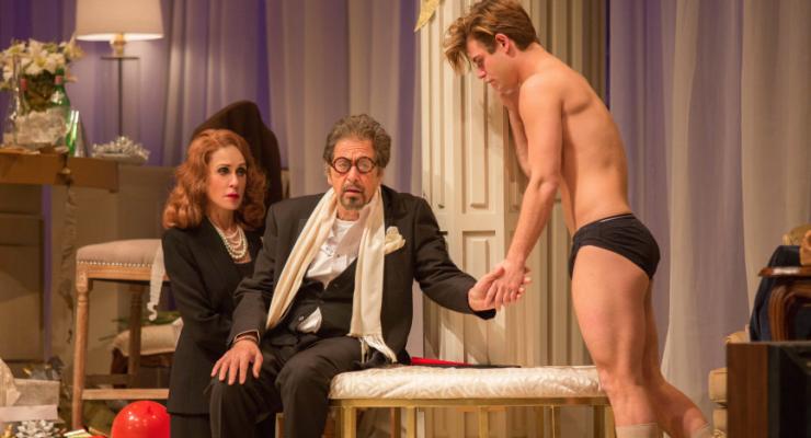 Al Pacino 'Garrett Oyunda Çok Soyunuyor..'