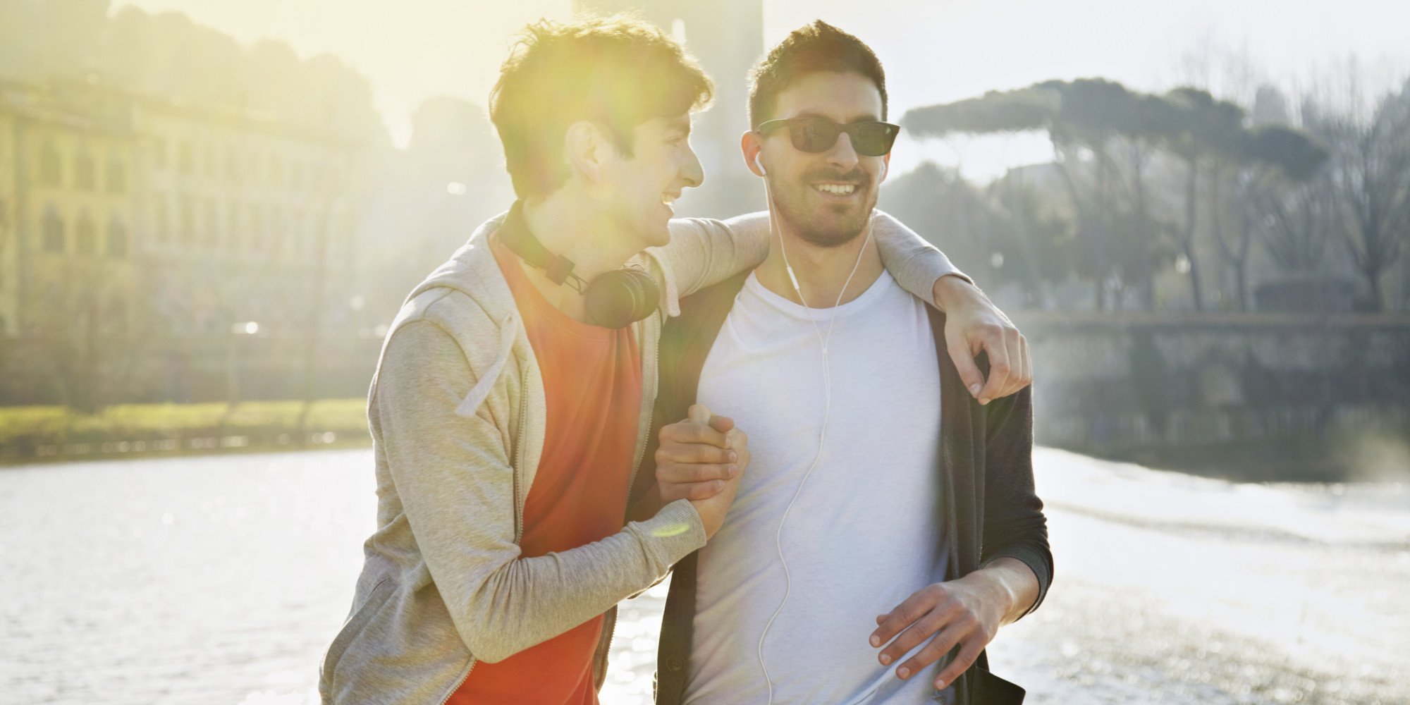 Her Eşcinsel Erkeğin Hetero Erkek Arkadaşlarına Açıklamak Zorunda Olduğu 14 Şey