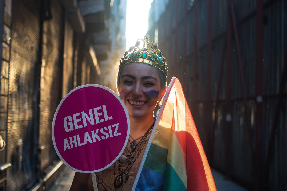 turkish-police-use-water-cannons-rubber-bullets-and-tear-gas-on-gay-pride-parade-body-image-1435520253