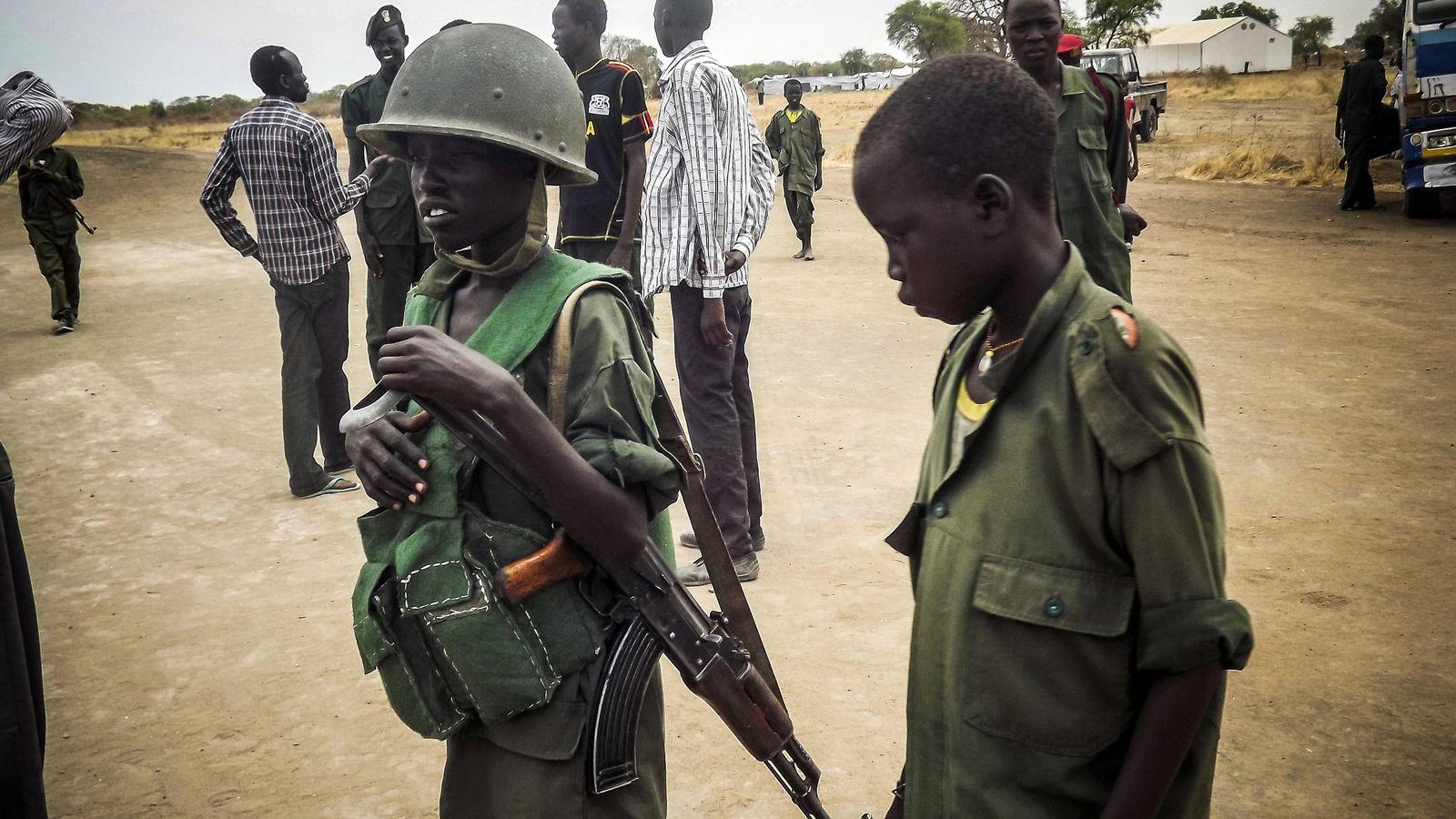 Güney Sudan Gaylere Ölüm Cezası Vermek Şartıyla! Çocuk Asker 'Kullanmayabilir'