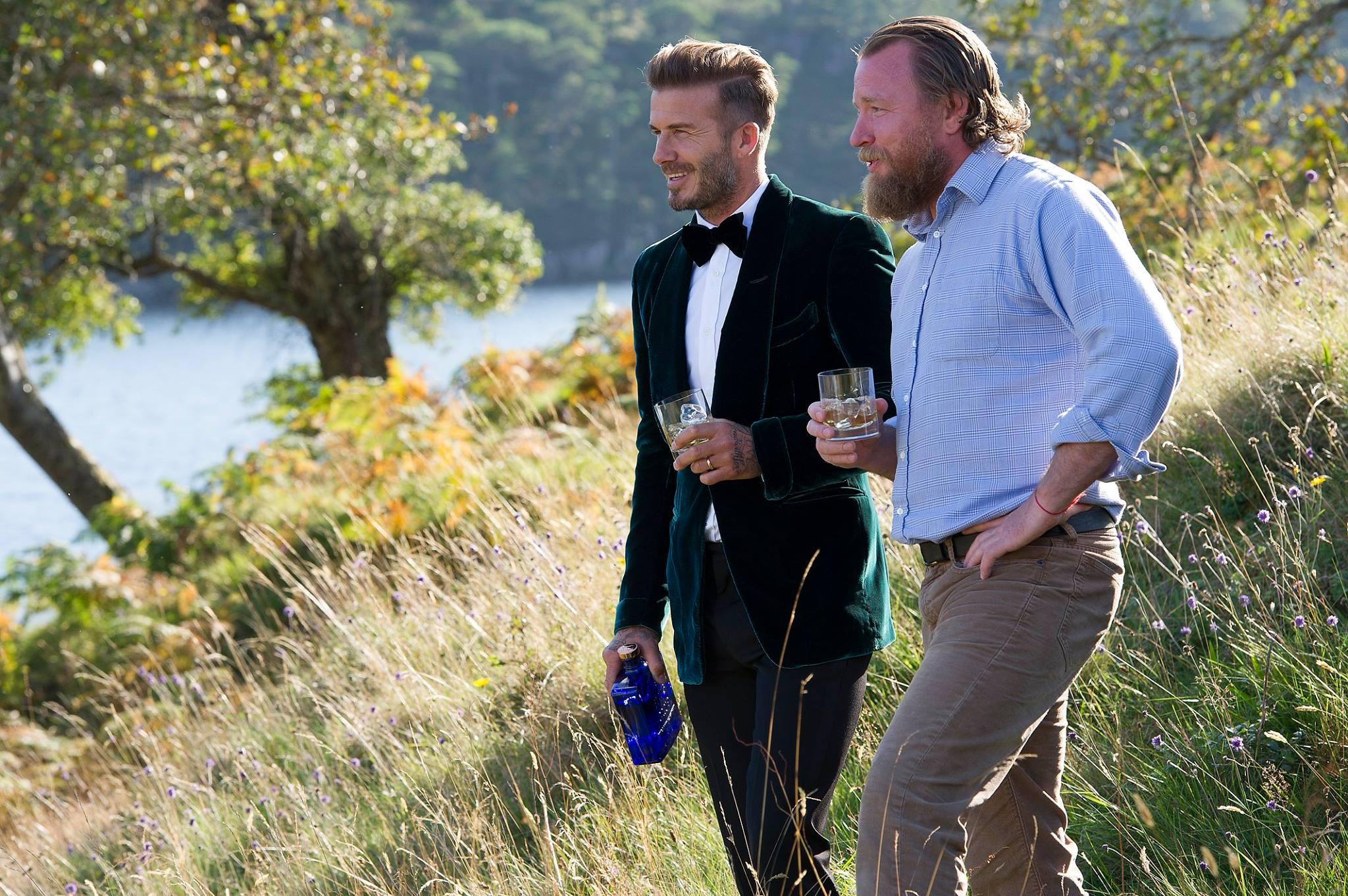 İzleyin: Guy Ritchie 'David Beckham ve Ben Gay Spor Salonuna Gidiyoruz'