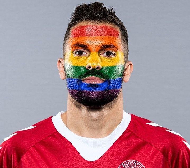 FIFA Homofobik Tezahüratlar Sebebiyle Maçları Durdurabilir!