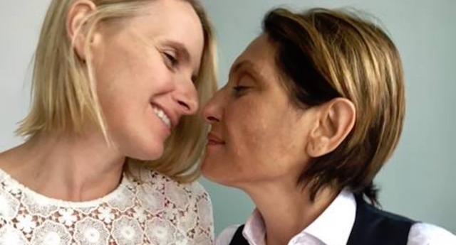 """""""Eat, Pray, Love"""" Yazarı Elizabeth Gilbert, Ölümcül Hastalığı Olan Sevgilisiyle Evlendi"""