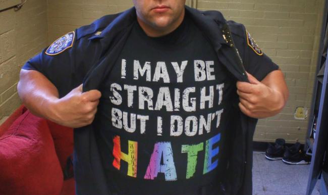 NYC Polisinin LGBT Pride İçin Yazdığı İçten Mesajı Viral Oldu