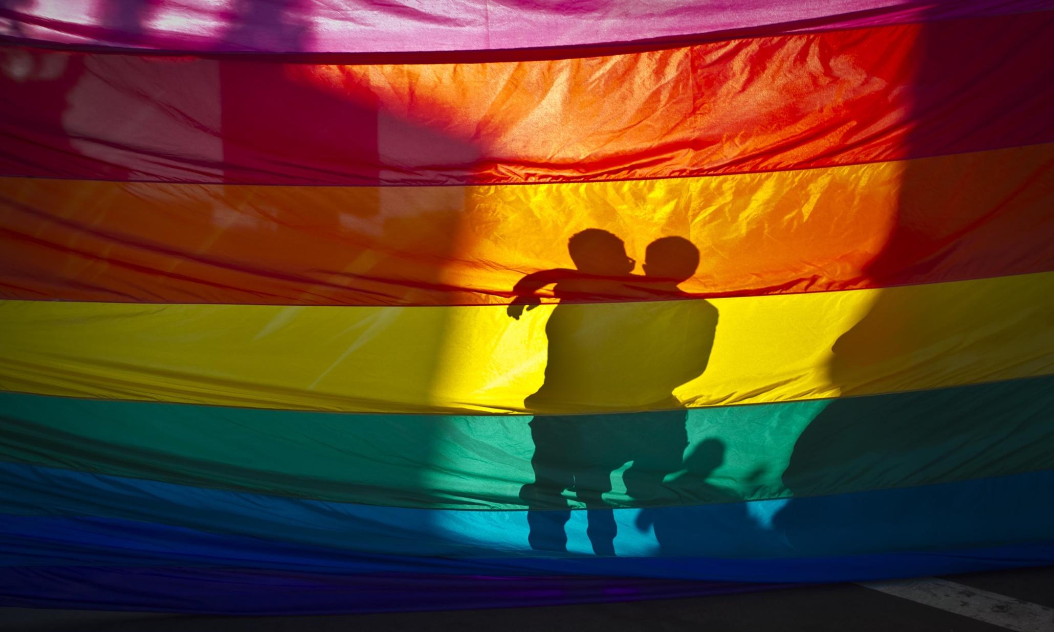 Sadece 10 Ülkeden 1'i LGBT'leri Koruyor!