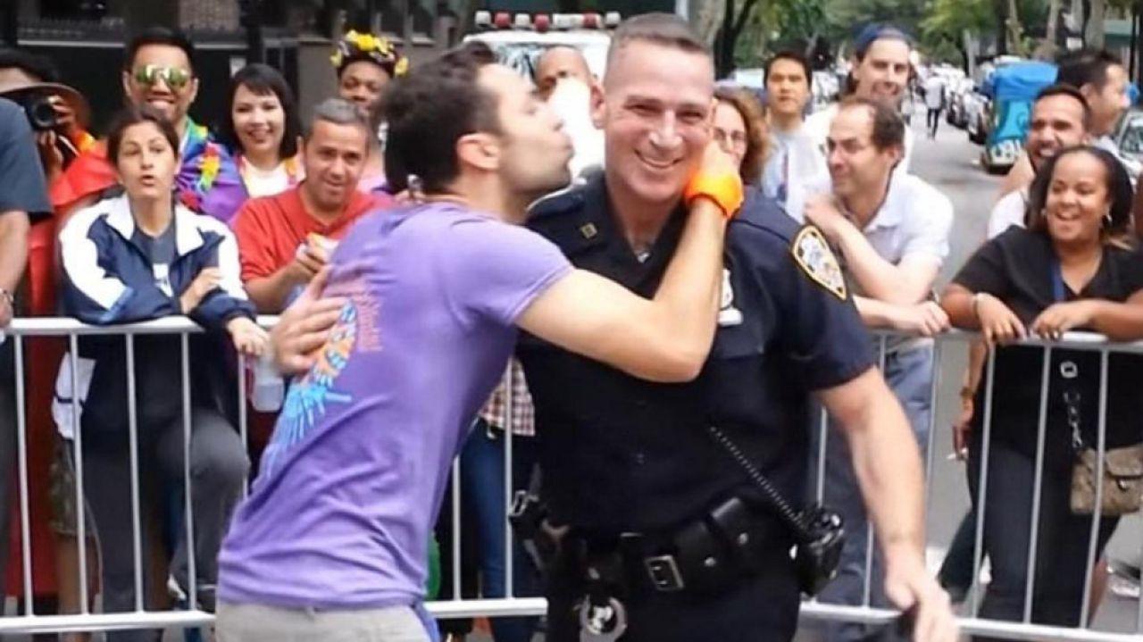 LGBT Dostu O Polis, Eşcinsel Memurlar Birliği Tarafından Onurlandırılacak