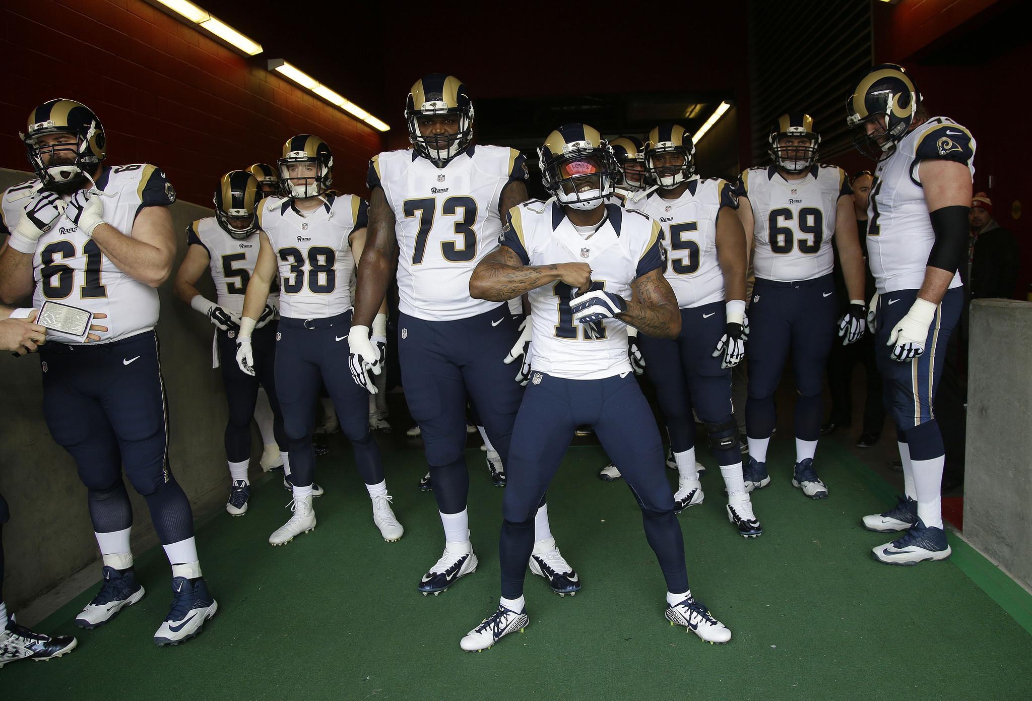 Rams Futbol Takımı Onur Haftası Etkinliklerine Sponsor Olan İlk NFL Takımı Oldu!